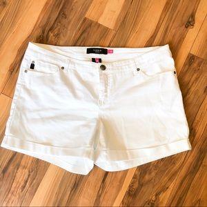 Torrid Bright White Shorts Sz 20